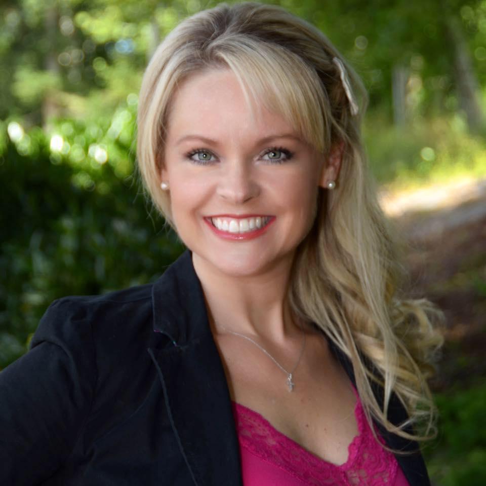 Amanda Ficek